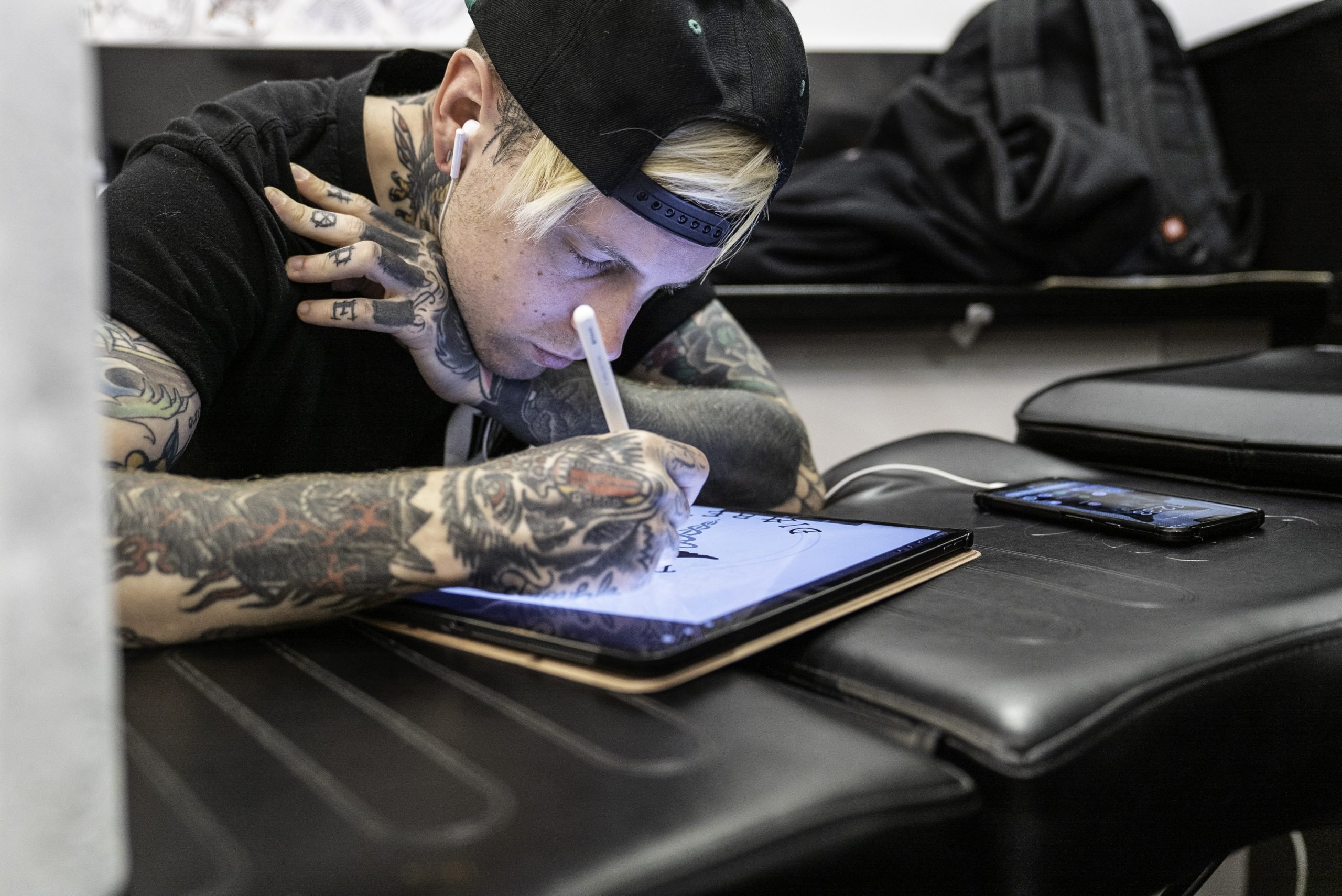 tattoo_artists_undergroundtattoos_SG11DA